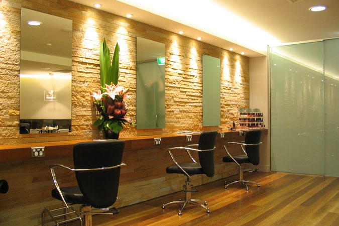 Beauty salon decorating ideas dream house experience for Interior decoration equipment